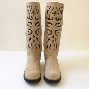 Carlos Santana Suede Leather Boots